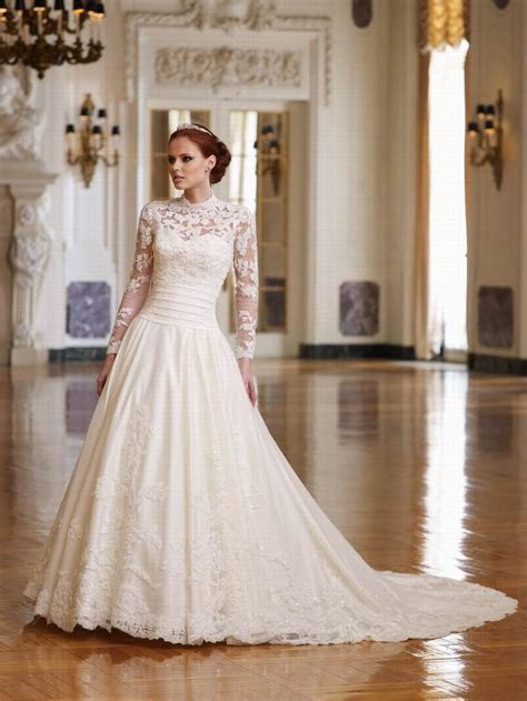 Petite Wedding Dresses With Sleeves ? Lace Sleeve