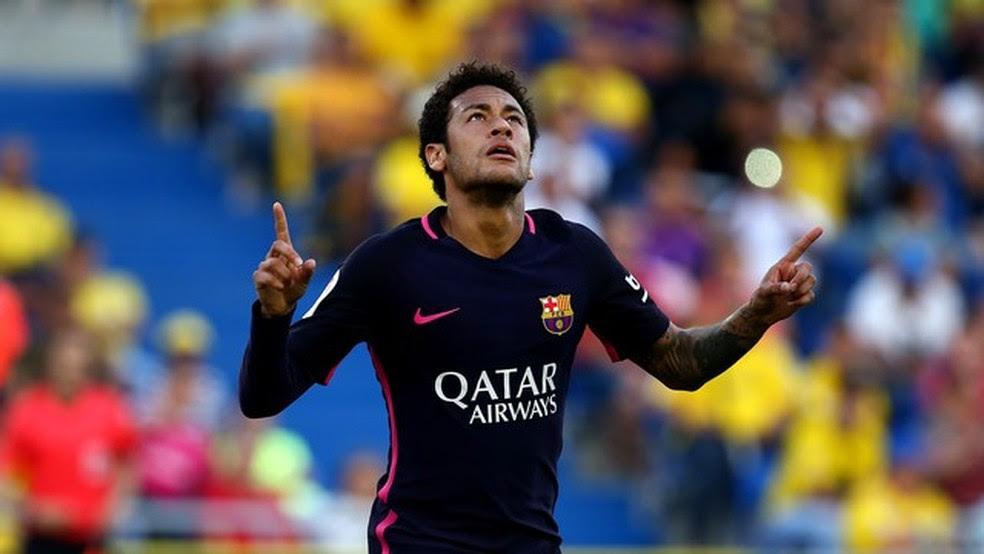 Neymar comemora gol (Foto: AFP)