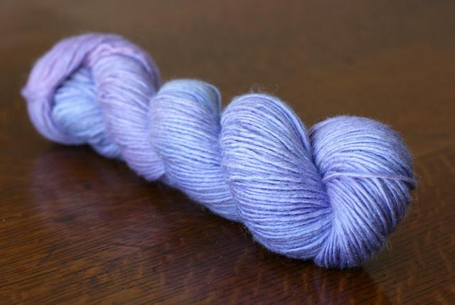 merino-silk singles, in lilac