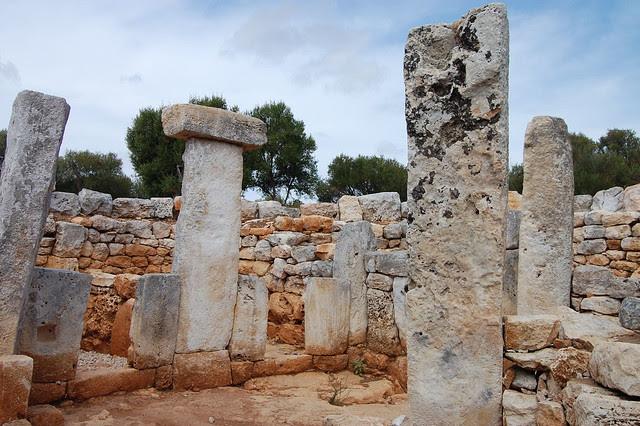Poblado talayótico de Torre d'en Gaumes en Menorca