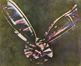 Primera fotografía antigua a color