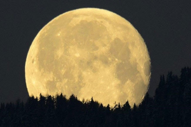Resultado de imagen de Mercurio combinada con la Luna Llena