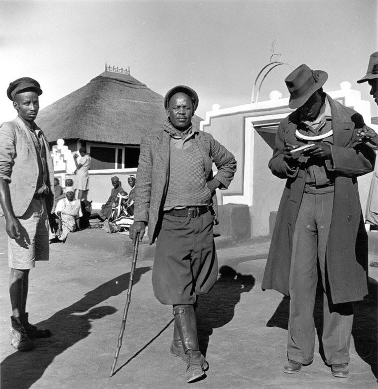 Constance Stuart Larrabee Ndebele Men 1936 49