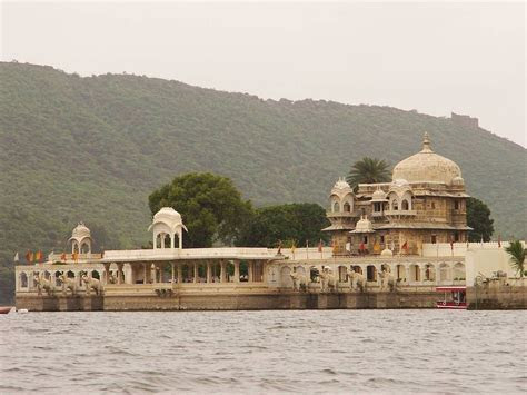 Best Locations for Pre Wedding Shoot in Udaipur   My