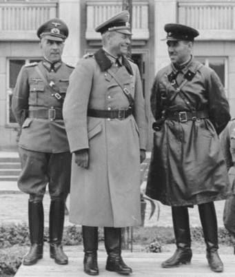 Generalul nazist Heinz Guderian si brigadierul sovietic Semion Moiseevici Krivoshein