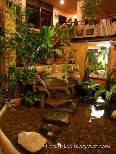 doi chaang cafe waterfall