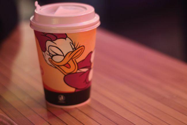 photo 18-Disneyland-Noeumll_restaurant_Daisy_zpsb29b7d39.jpg