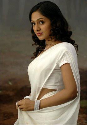 sheela actress hot navel bikini pics wallpapers 19 Sheela Hot Photos