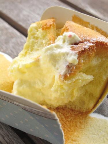White Chiffon Cake With Custard Cream Filling
