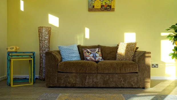 Increase Your Living Room's Visual Appeal with These 4 Tips