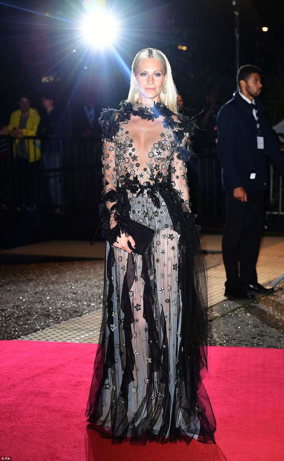 Head-turning: Poppy was sure to dazzle in her figure-flaunting look