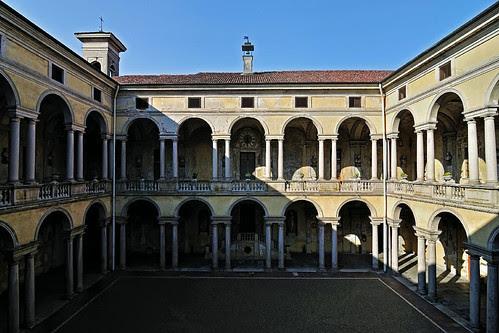 Ospedale Maggiore della Carità by ste.it