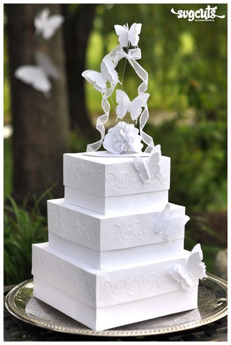 It?s A Nice Day For A White Wedding Cake ? Fleurette F