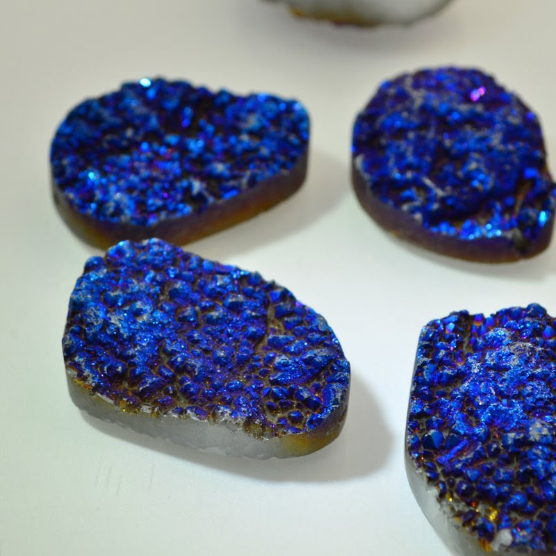 s46657 Stone Beads -  Freeform Oval - Blue Druzy (1)