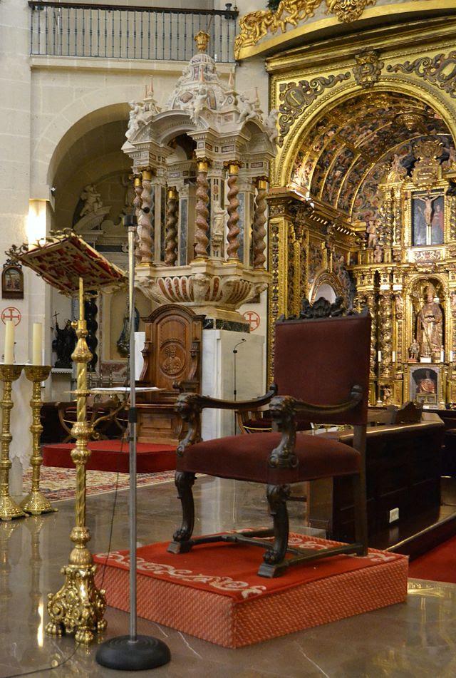Cocatedral de sant Nicolau d'Alacant, cadira.JPG
