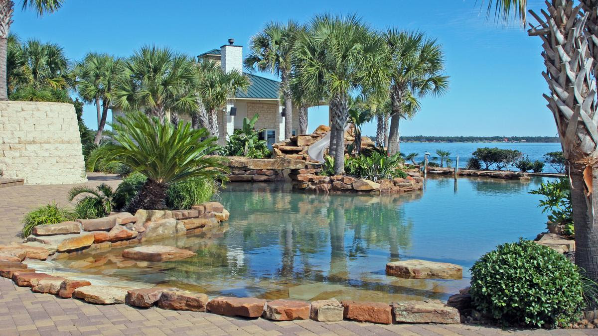 A Lake Livingston property with the largest private ...