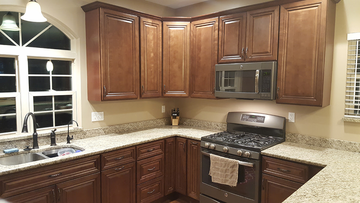 Traditional Kitchen Cabinets - Assembled & RTA (Ready to ...