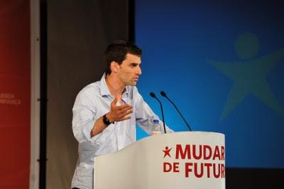 """Jorge Costa: """"A prioridade social é o combate aos planos da troika"""""""
