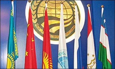 Vertice SCO: porte aperte a India e Pakistan