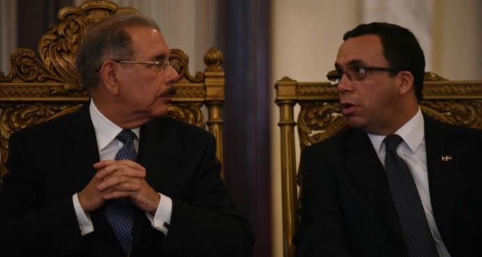 Presidente Danilo Medina exhorta a los maestros mejorar calidad de enseñanza