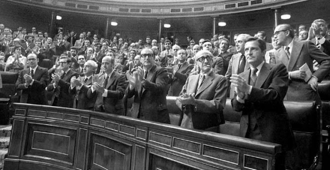 Momento en que se apueba la Ley de Amnistía del 77.- EFE