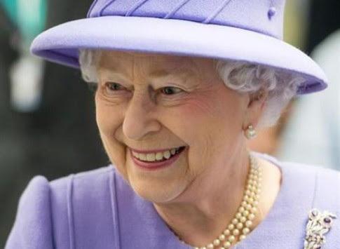 Σε ποια έστειλε κάρτα γενεθλίων η Βασίλισσα Ελισάβετ;