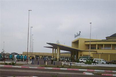 http://www.congoplanet.com/pictures/news/aeroport_ndjili_kinshasa_congo.jpg