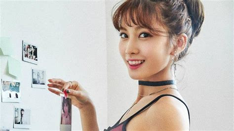 8 things you didn't know about TWICE birthday girl, Momo