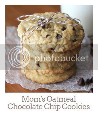 """Mom's Oatmeal Chocolate Chip Cookies"""