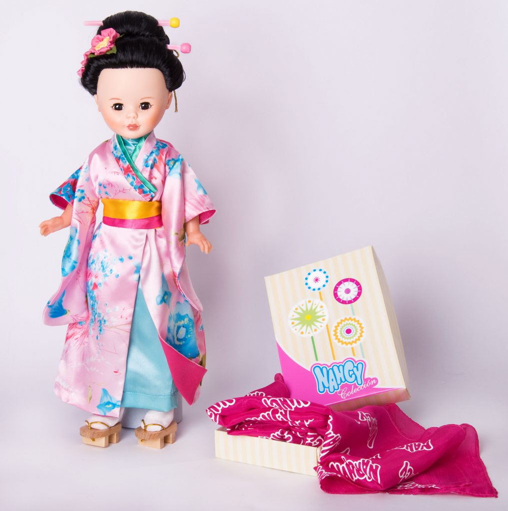 Foto muñeca Nancy colección Geisha edición 2010
