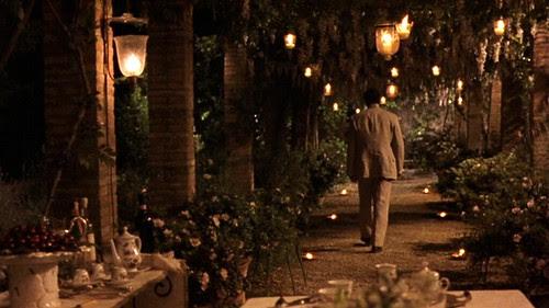 myhouseinumbria_garden_lights_walkingback