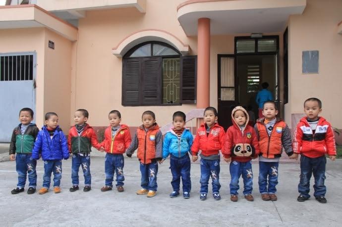 Hình ảnh Bộ Công an đặt tên cho 10 bé trai được giải cứu từ Trung Quốc số 1