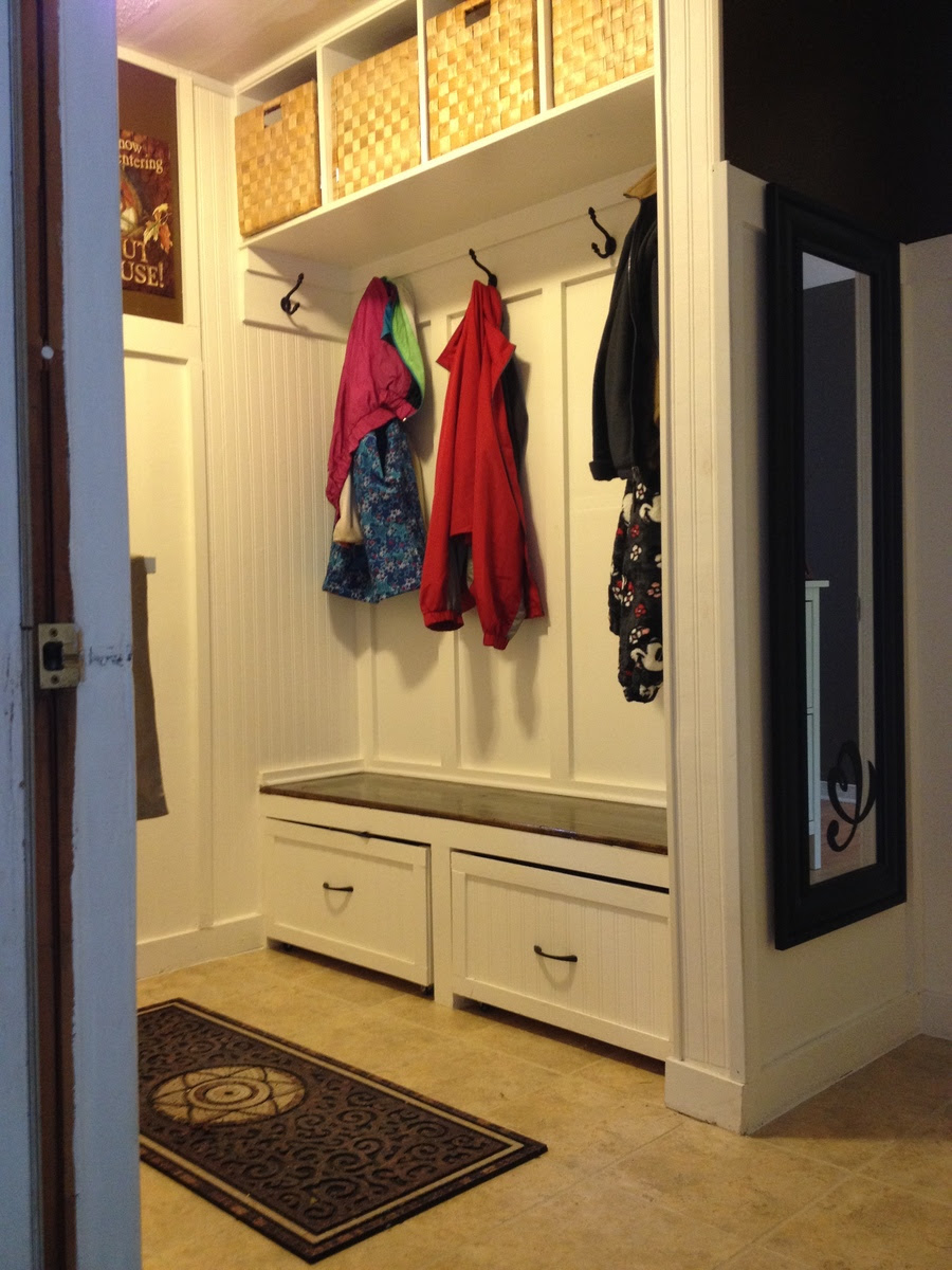 A Twist On Modular Family Entryway Mudroom System Pullout
