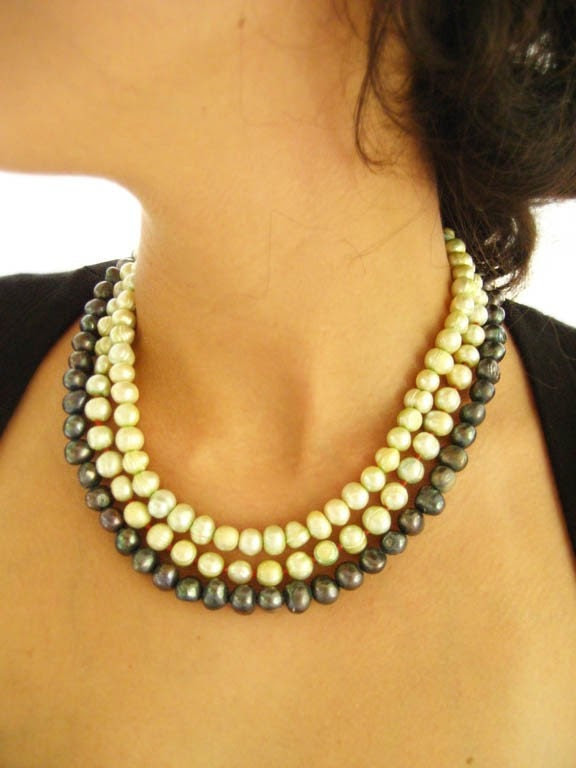 Pearl and Silver Collar / Necklace from Mexico.