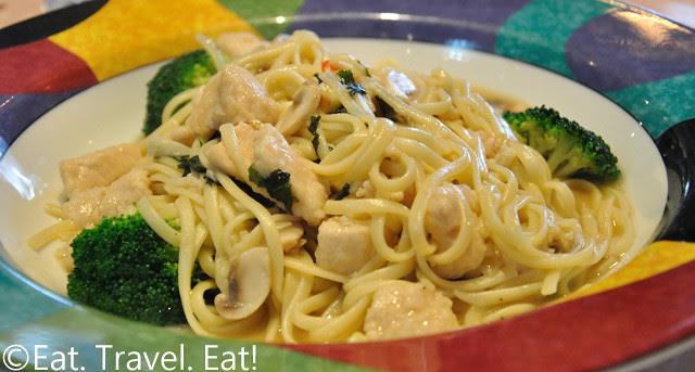 Sesame Grill: Chicken Linguini