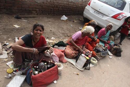 The Desi Viagra Selllers Of Delhi by firoze shakir photographerno1