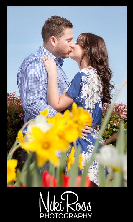 Tulips-Kissing