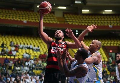 Olivinha Flamengo Correcaminos Liga das Américas basquete (Foto: Jose Jimenez-Tirado/FIBA Americas)
