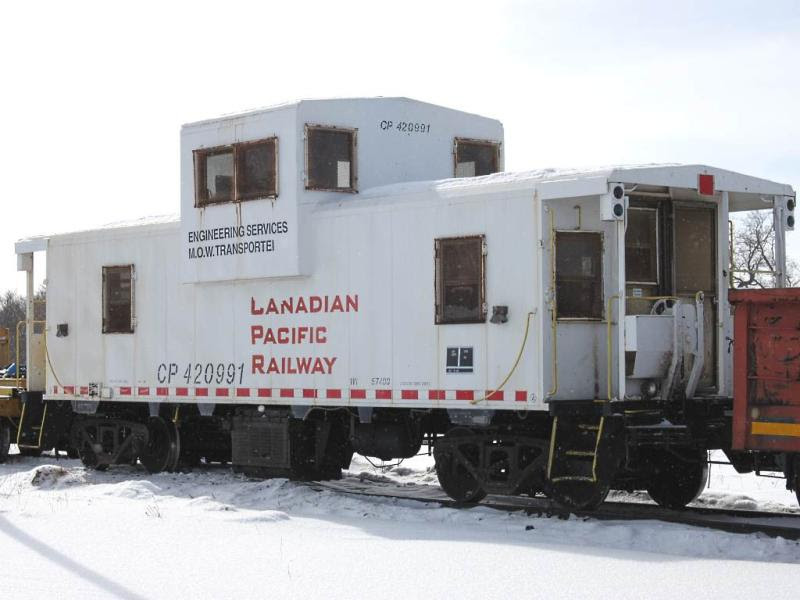 CP 420991 in Macdonald