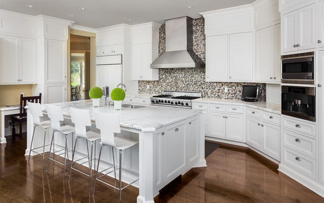 Choosing the Best Color for Your Kitchen Cabinet Doors