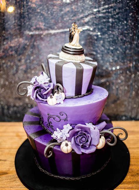 Halloween Eve Wedding with Tim Burton Style Cake   Love