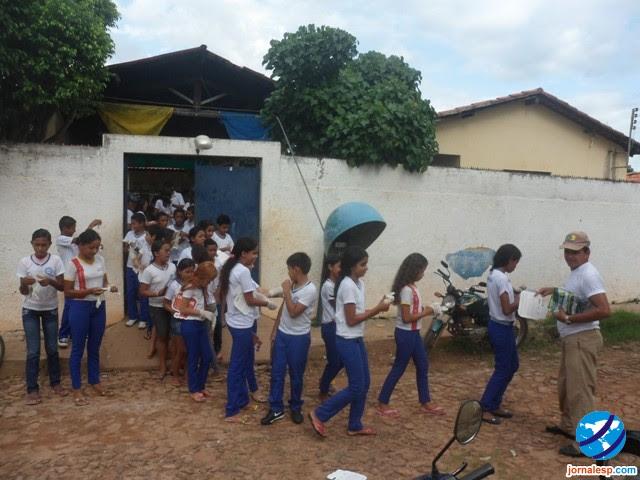 Criança é esquecida e trancada dentro de escola no Piauí