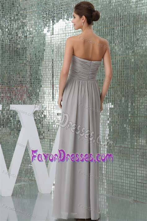 Gray Long Chiffon Quinceanera Dama Dresses with Ruches and