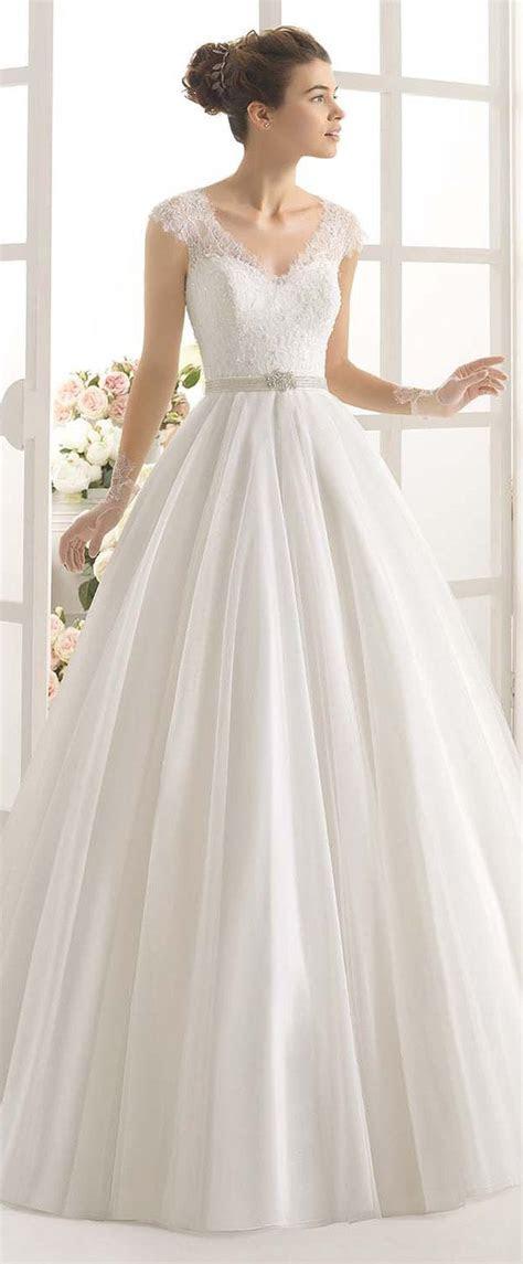 Best 25  Wedding dress abroad ideas on Pinterest   Getting