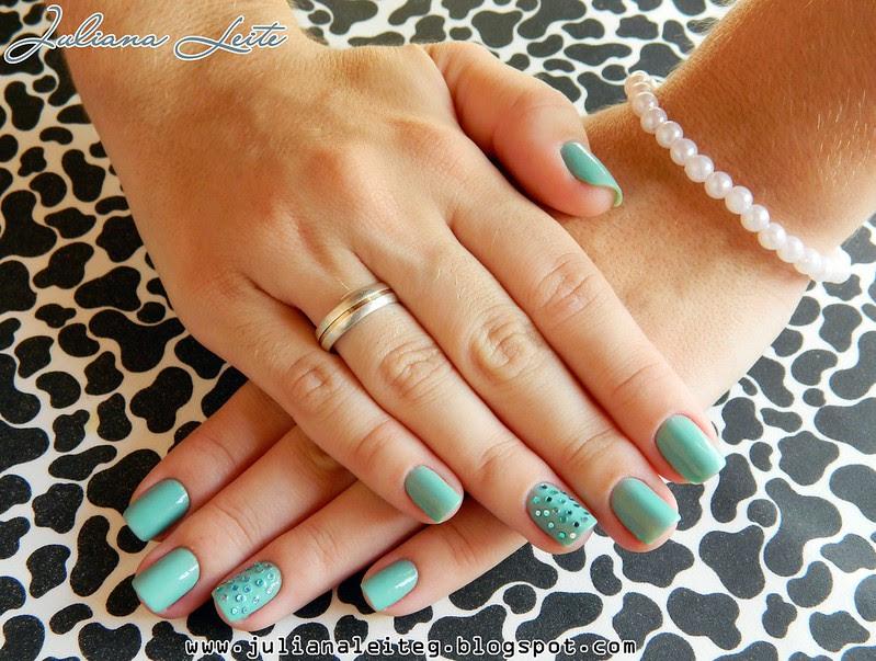 juliana leite unhas decoradas nailart fimos pedras verde avon 001