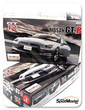 Kit 1/24 Fujimi - Nissan GT-R - maqueta de plastico