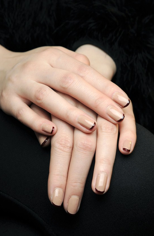 LE FASHION BLOG BEAUTY POST NAIL NAIL POLISH NAIL ART MANICURE NUDE NAIL OXBLOOD BURGUNDY TIPS ALTERNATIVE FRENCH MANICURE DONNA KARAN DEBORAH LIPPMANN FALL WINTER FW 2013 SHOW NAILS BACKSTAGE VAMPY