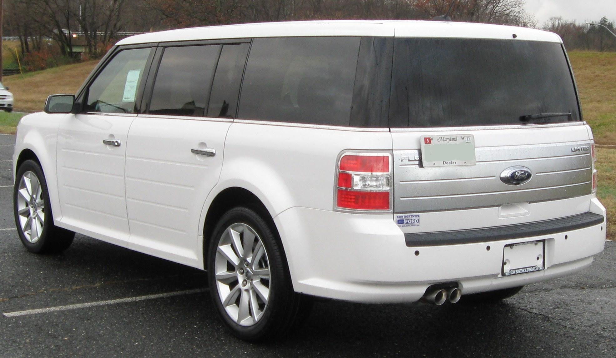 File:2010 Ford Flex Limited rear -- 11-25-2009.jpg - Wikipedia