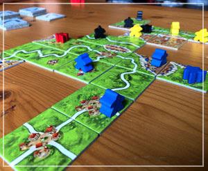 久しぶりにボードゲーム。「カルカソンヌ」、楽しいですよ。