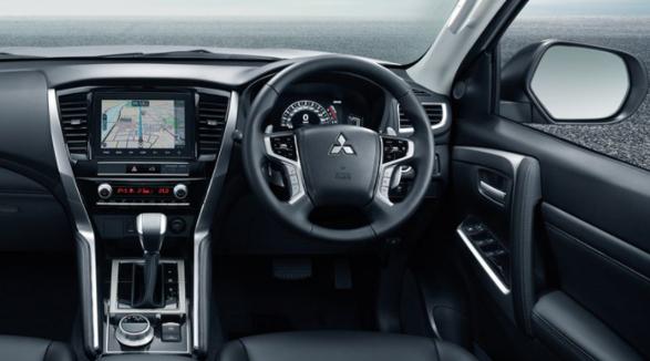 Đánh giá xe Mitsubishi Pajero Sport 2020-4